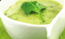 spinatu sriuba su bulvemis