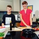 Stebuklingai sulieknėjęs paauglys skatina vaikus valgyti daržoves