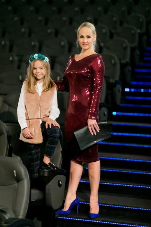 LR_TV_MG_Dargiene su dukra Une