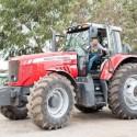 Naujame televizijos projekte – M. Starkaus ir V. Radzevičiaus kelionė po Lietuvą traktoriais