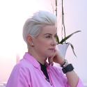 """Kultinės grupės """"Junior"""" vokalistė R. Paulauskaitė: """"Aš net šiukšlių nenešu nepasidažiusi"""""""