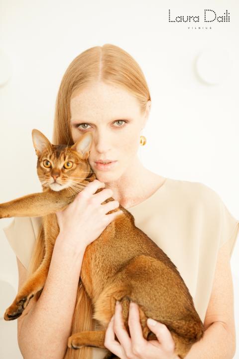 Laura Daili 'Blossom' jewelry, model Rasa Ciune, foto Dalia M Photography 2 (Small)