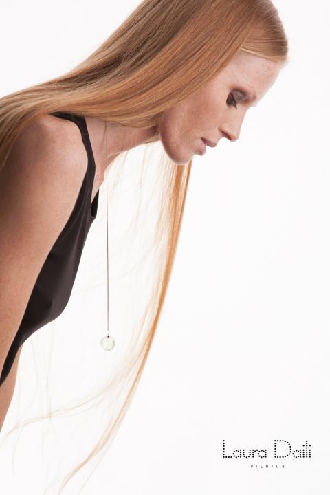 Laura Daili 'Blossom' jewelry, model Rasa Ciune, foto Dalia M Photography 7 (Small)