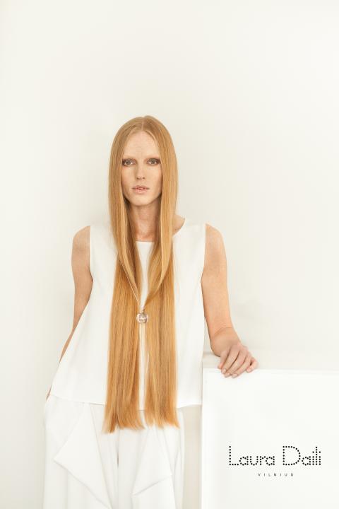Laura Daili 'Blossom' jewelry, model Rasa Ciune, foto Dalia M Photography  m (Small)