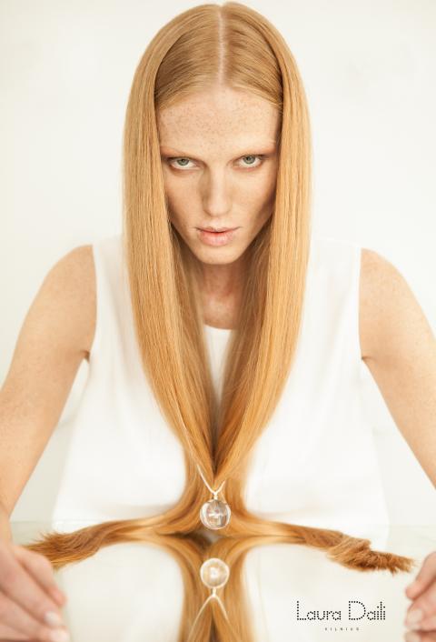 Laura Daili 'Blossom' jewelry, model Rasa Ciune, foto Dalia M Photography m3 (Small)