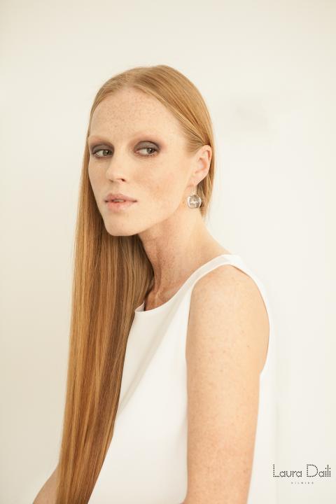 Laura Daili 'Blossom' jewelry, model Rasa Ciune, foto Dalia M Photography m4 (Small)
