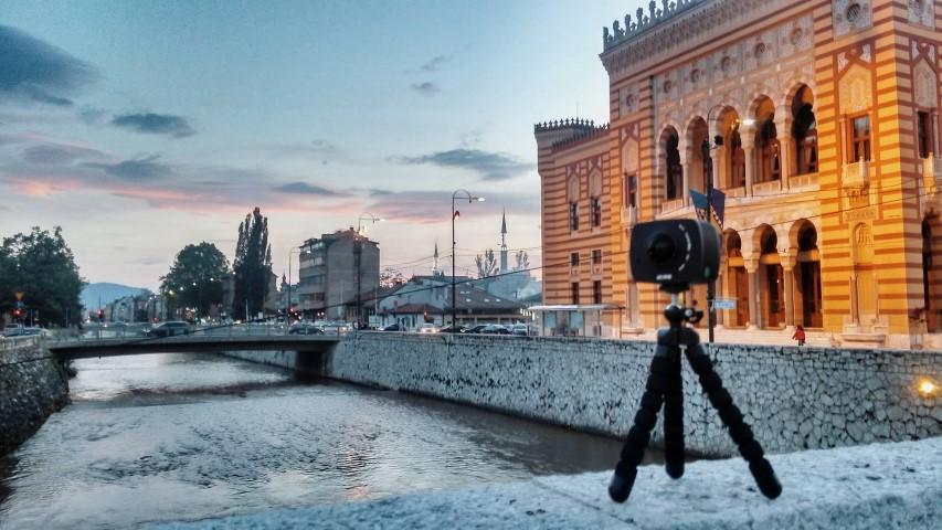 Naujove - 360 kamera (Small)
