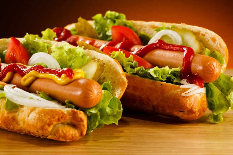 Desrainiai_stock-photo-hot-dog