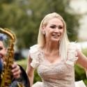 Natalija Bunkė trečią kartą apsivilko vestuvinę suknelę?