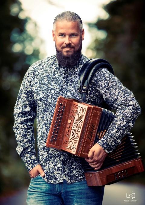Lars Karlsson_Svedija (Small)
