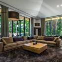 Prabangiausioje Lietuvos gyvenvietėje namų kainos viršija 3 milijonus eurų