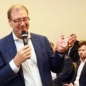 Viktoras Uspaskichas nesikrato svajonių jaunikio etiketės