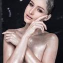 Dainininkė Gintarė Korsakaitė ir fotografas Naglis Bierancas pristato subtiliai seksualią fotosesiją
