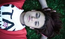 girl-1252069_640