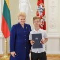 """Prezidentė Dalia Grybauskaitė sveikino """"Lietuvos tūkstantmečio vaikų"""" nugalėtojus"""