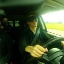 Ekstremaliausias išbandymas: aklieji sėdo už automobilio vairo ir įveikė lenktynių trasą