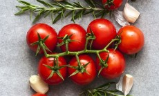 tomatoes-3574427_640