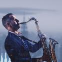 Žinomas saksofonistas J. Kuraitis pristato naują autorinį kūrinį