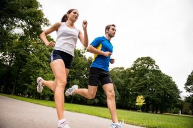 bėgiojimas su hipertenzija hipertenzijos gydymas diadens-kardio aparatais