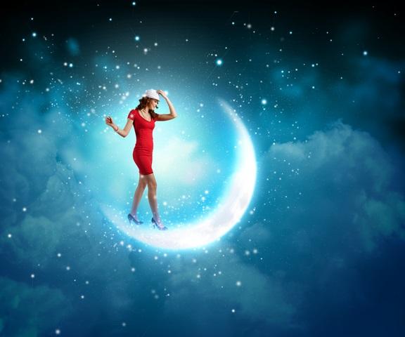 """""""mergina ir mėnulis"""""""