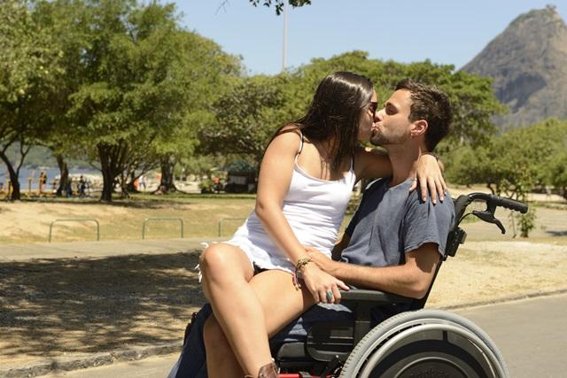 """meilė, negalia"""