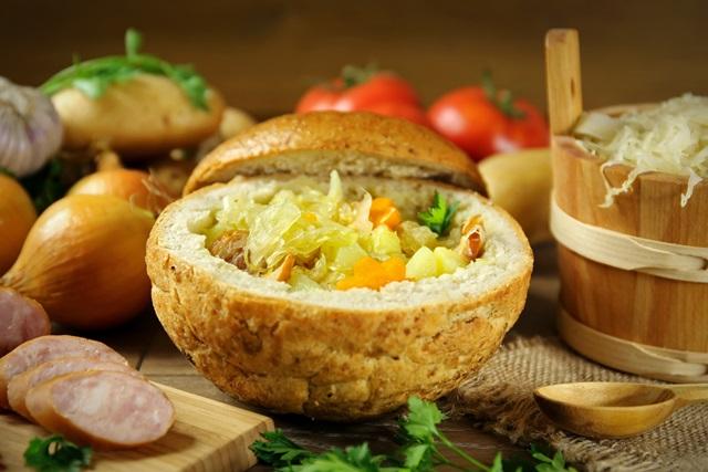 """""""raugintų kopūstų sriuba"""""""