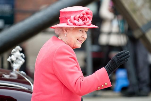 """""""karalienė"""""""