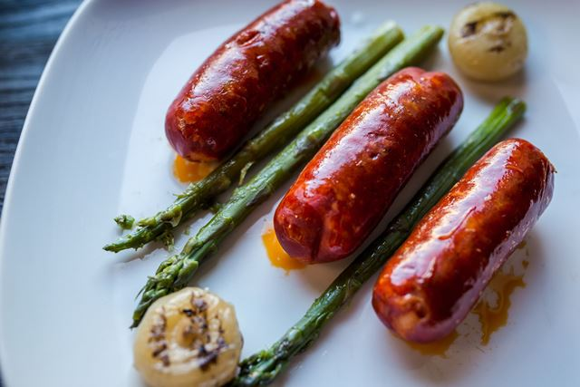 Chorizo dešrelės su smidrais ir svogūnėliais