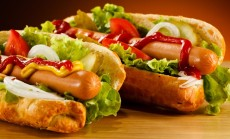 Desrainiai_stock-photo-hot-dog