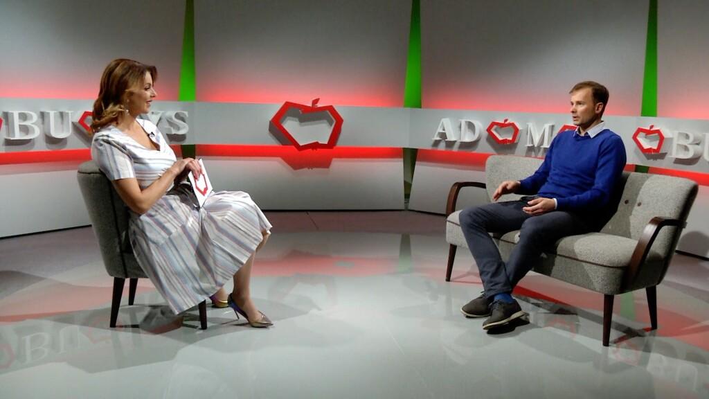 LR_TV_AO_N. Juska su I. Valinskiene