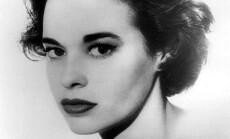 470px-Gloria_Vanderbilt_1959