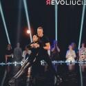 """Po vaizdo įrašo internete žaibiškai išgarsėję šokėjai Ustin&Ieva sulaukė Vokietijos ir Amerikos televizijų dėmesio, bet pasirinko LNK """"Šokio revoliuciją"""""""