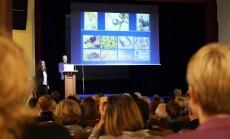 Konferencija su R. Thomas 4