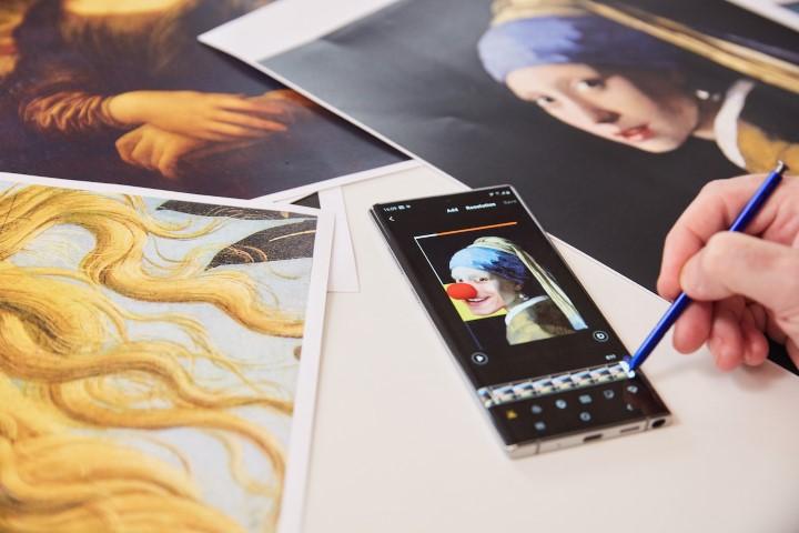 Samsung ir menininko Hey Reilly projektas_7