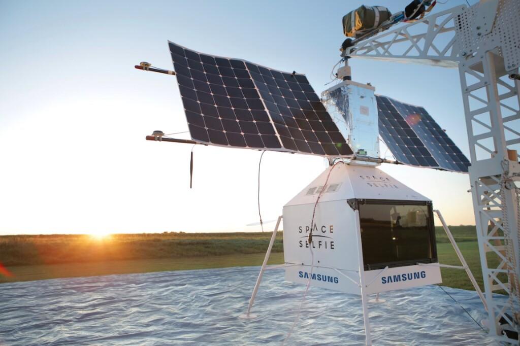 Užfiksuokite asmenukę kosmose_ Samsung nuotrauka_3