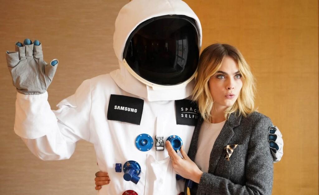 Užfiksuokite asmenukę kosmose_ Samsung nuotrauka_6