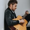 """Grupė """"Justinas Trio"""" ir aktorius bei renginių vedėjas Zigmantas Baranauskas pristato dainą """"Nemylim"""""""