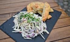 Silkės salotos su turkiška duona
