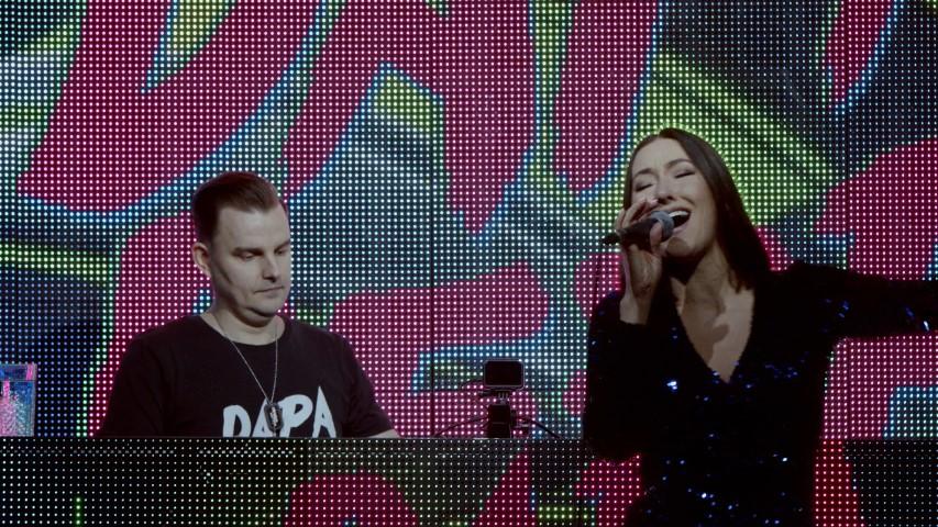Dapa Deep & Monee set.00_01_24_07.Still002